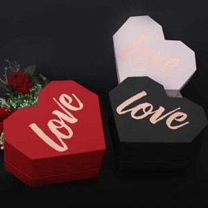 """""""LOVE"""" Printed Heart-Shaped Gift Packaging Boxes"""