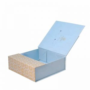 Luxury Cosmetic Subscription Foldable Box